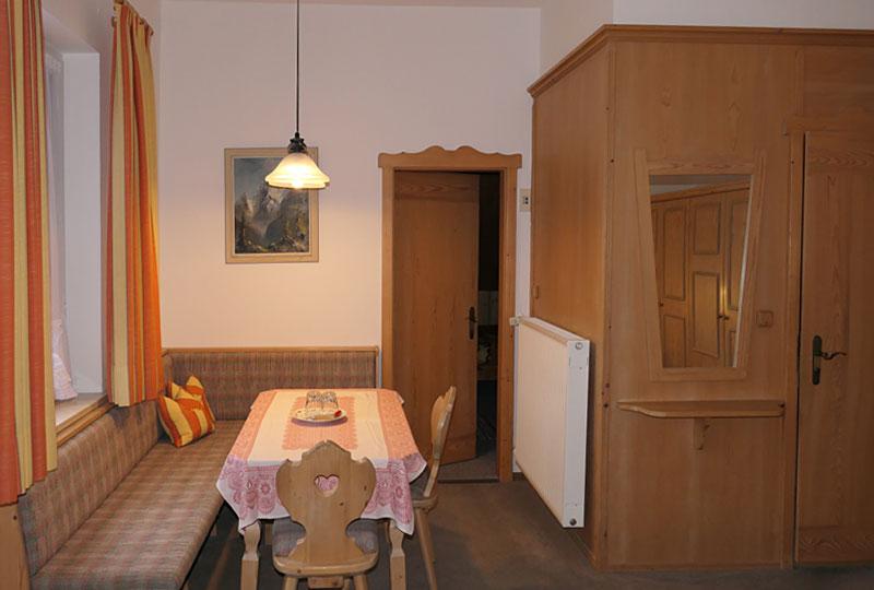 gaestehaus maria-anna_zimmer4b